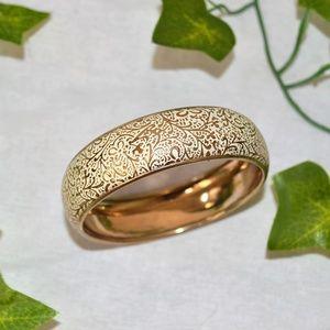 Beautiful Golden and Cream Bangle